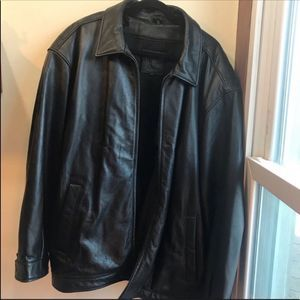 Field Gear Men's Leather Jacket